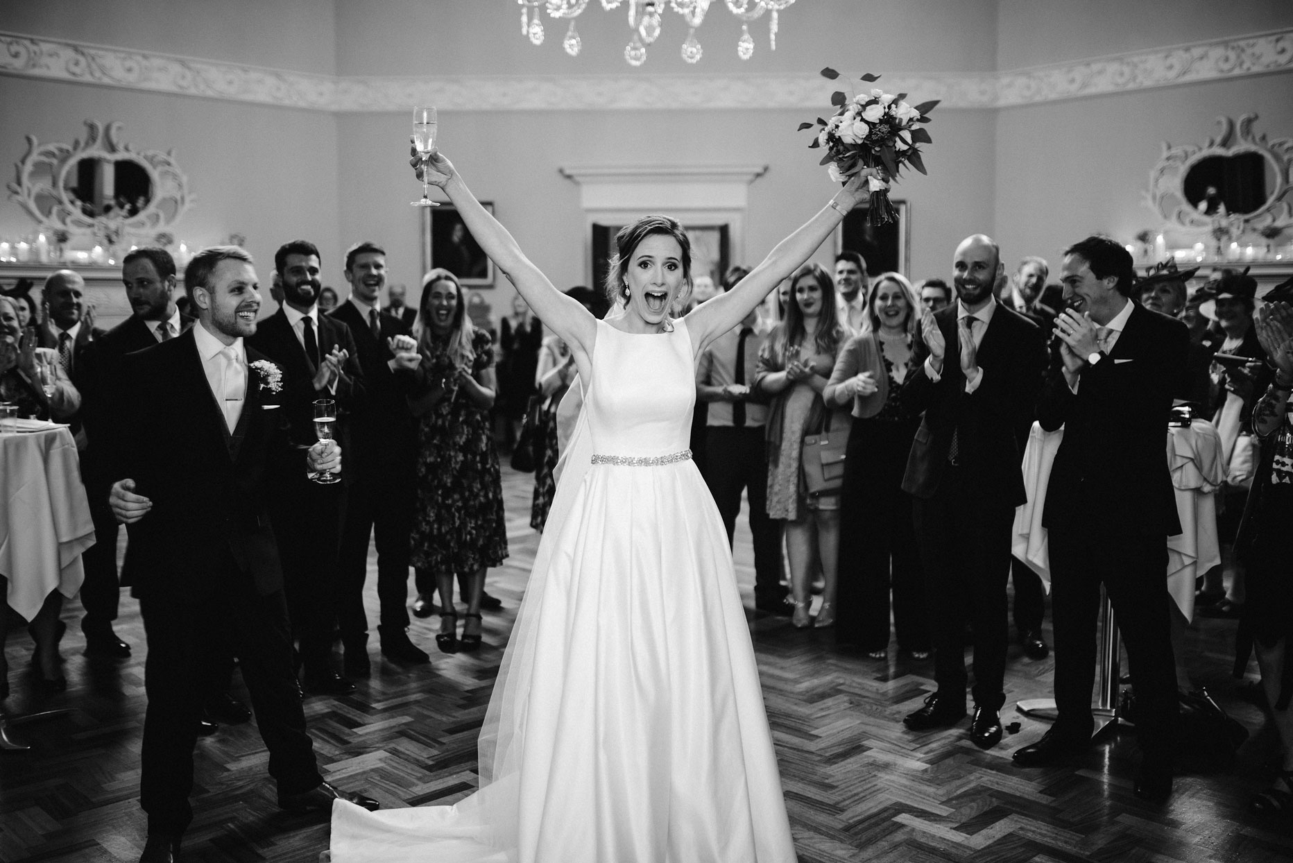 bride and groom entrance at the Assembley rooms in Bath