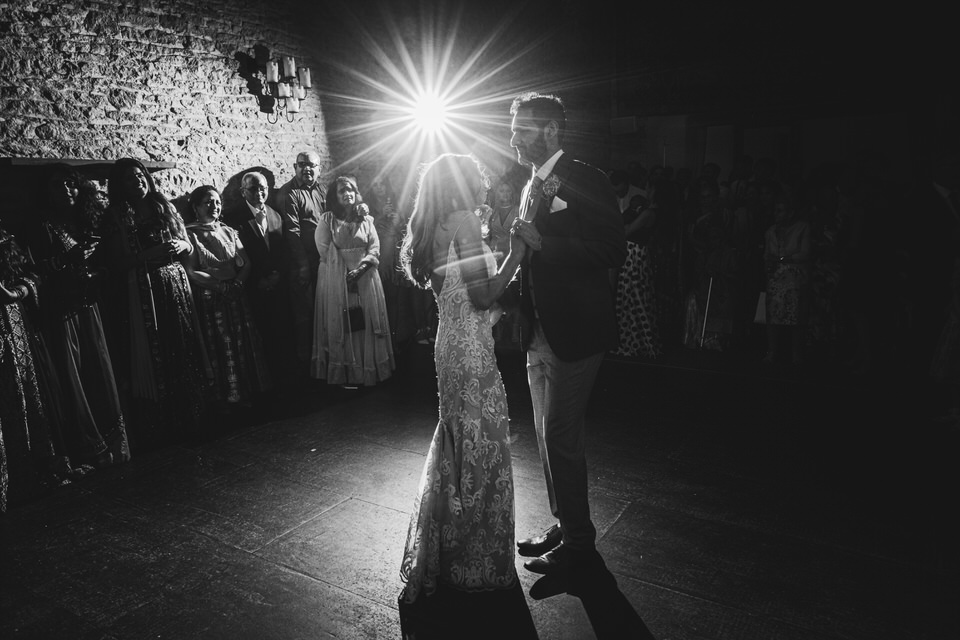 the briode and grooms forst dance at Merriscourt Barn in the Cotswolds